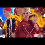 Daddy yankee y Katy Perry - con calma - american Idol 2019