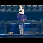 Marshmello surprises 3 year old Lethan, who dressed like him for Halloween